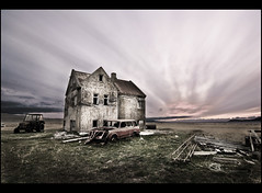 Lækjarskógur II (SteinaMatt) Tags: old sky house car matt iceland nikon tokina mm ísland 1224 2010 d80 steina cs5 dalasýsla hvammsfjörður lækjarskógur
