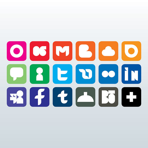 Social Media - Negativo by Murilo Moura, on Flickr