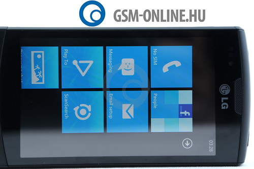 LG Optimus 7 kék menü 1