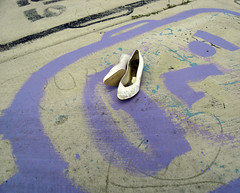 Put On A Happy Face (Robert Saucier) Tags: usa white graffiti midwest shoes pavement michigan tag detroit sidewalk blanc trottoir souliers heidelbergproject tatsunis tyreeguyton dtroit sdc10362