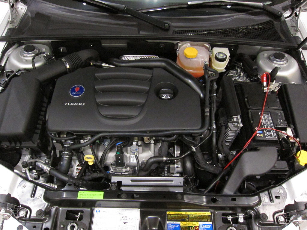 Saab 93 Griffin Aero 2.0T 2011 engine
