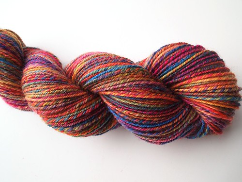 Fluff-N-Stuff-merino-nylon-sparkle-n-plied-215yds