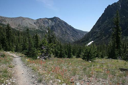 Esmeralda Basin Trail
