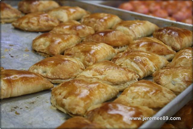 Sin Eng Heong Biscuit @ Ipoh - Kaya Puff