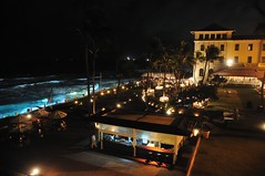 Galle Face Hotel Colombo 2 (philk_56) Tags: sea night srilanka colombo gallefacehotel
