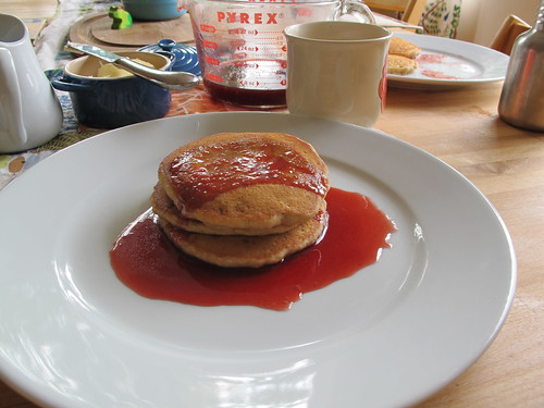 vegan pancakes with plum syrup