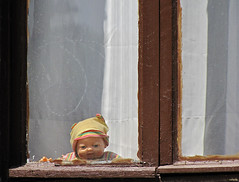 20110524_22 Creepy doll staring out of derelict house in Istanbul, Turkey (ratexla) Tags: city travel windows vacation urban favorite baby holiday travelling window hat turkey asian dead death town scary asia asien doll dolls earth run istanbul eerie creepy ill backpacking journey stare haunting traveling staring sick epic interrail semester deadbaby interrailing tellus observer observing lookingout unnerving 2011 eurail turkiet deadbabies tågluff myling tågluffning tågluffa canonpowershotsx10is eurailing 24may2011 photophotospicturepicturesimageimagesfotofotonbildbilder ratexlasinterrailtrip2011 willeatyourbrains mylingar spökbarn resaresor tågresatågresor