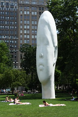 Big White Head 3 (Madison Green/NYC) (chedpics) Tags: sculpture newyork echo juameplensa