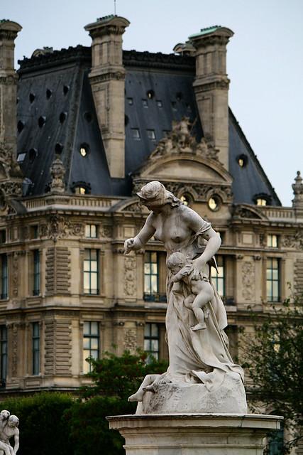 tuileries statues