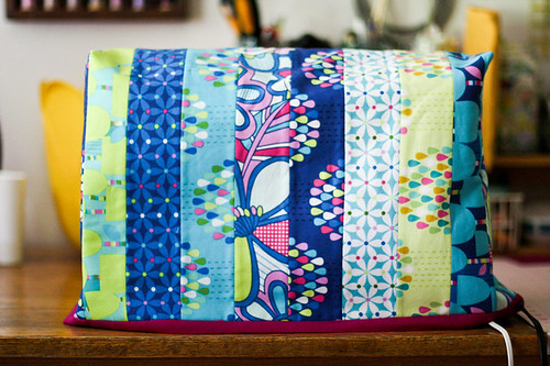 Sewing Machine Cover by jenib320