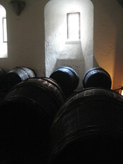 barrels (URLgoeshere) Tags: old uk light england london window beer gardens thames court landscape barrels barrel basement landmark courtyard tudor richmond mead hampton hamptoncourt royalpalace