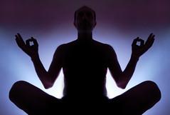 """""""Meditando acerca de la fotografía"""" (Marcelo Savoini) Tags: contraluz photography nikon meditating about backlit fotografía meditando acerca 1685mm d7000 sb700"""