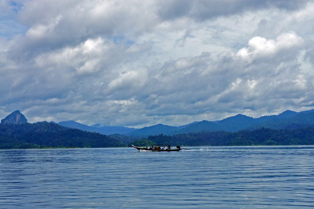Lago en Khao Sok Tailandia