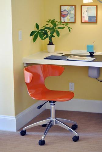 The Oceana Hotel in Santa Monica-suite decor-desk and orange chair