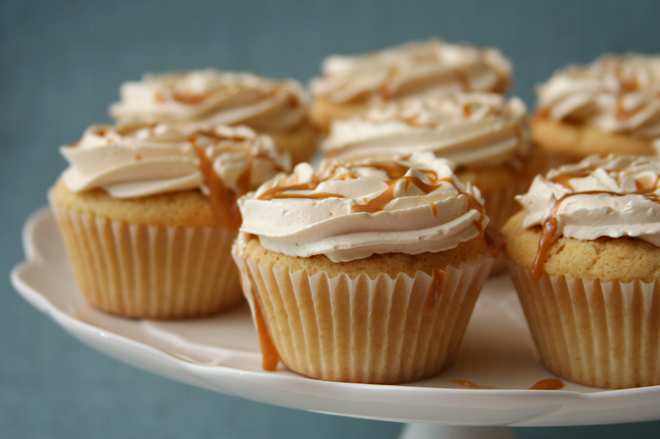 dulce de leche cupcakes 7