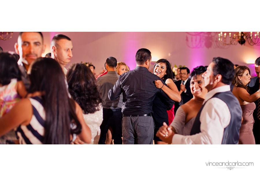 dance couple wide focus