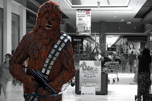 DSCF2828 (Chewie, lego en centros comerciales) by Luis Armando Encinas Ramirez (i_real_es)