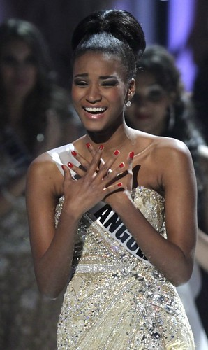 Leila Lopes reacts on winning Miss Universe 2011 title