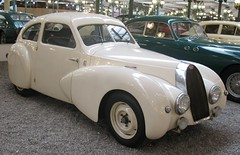 BUGATTI type 57SC coach, 1939 (ClassicsOnTheStreet) Tags: museum coach musee bugatti 1939 streamline schlumpf mulhouse 57sc automuseum collectionschlumpf stroomlijn strohmlinien schlumpfcollectie
