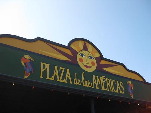 drollgirl plaza de las americas