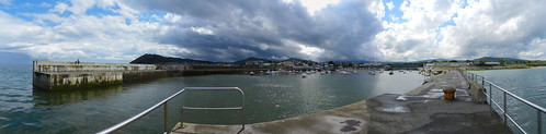 Saturday afternoon in Bray harbour (panorama)