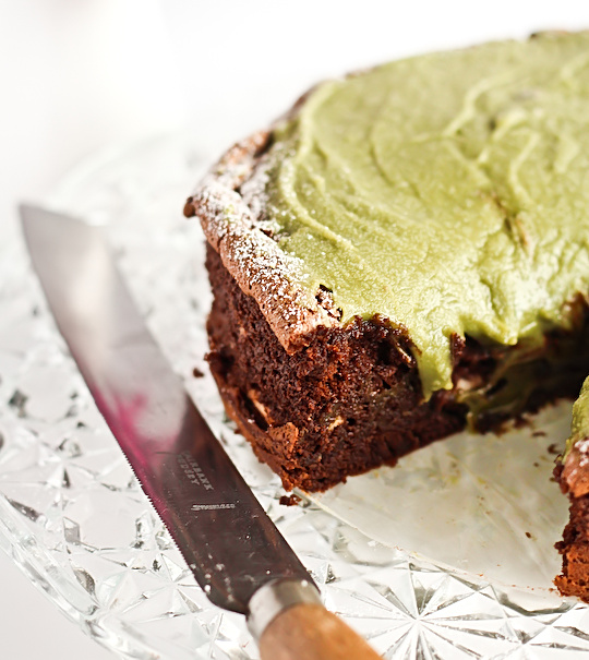 flourless_chocolate_greentea_cake-5_filtered