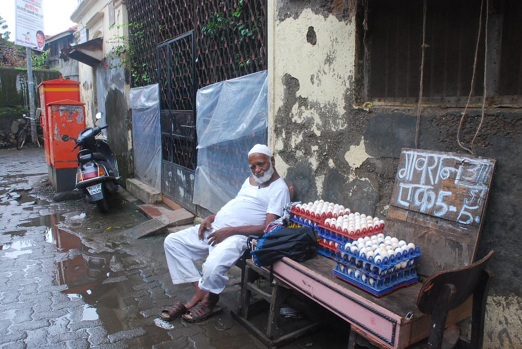 Review of Arakshan By A Diehard  Amitabh Bachchan Fan