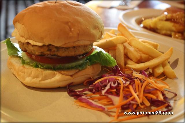 Soho Free House @ Upper Penang Road - Soho Homemade Burger (Chicken)