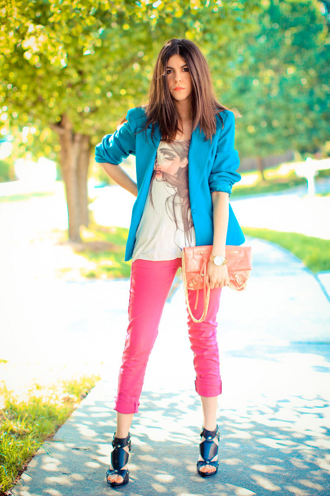 Hot Pink Jeans, Balenciaga clutch, Urban Outfitters, Blazer Fashion Outfit, Dior Extreme sandals