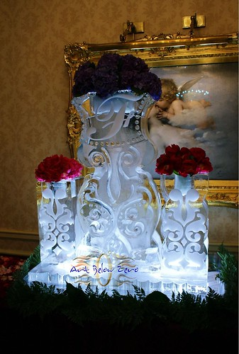 Provence Vases Ice Sculpture