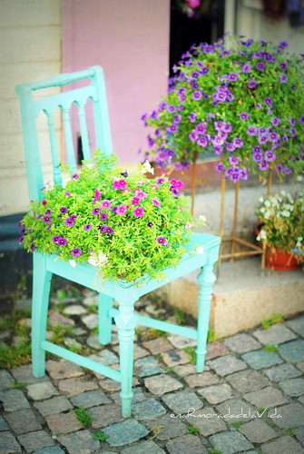 {A turquoise chair}