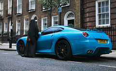 599 (Jurriaan Vogel) Tags: auto uk blue england italy london cars sports car sport photography italian nikon automobile italia fiat britain xx 5 islam united 4 great hijab fast kingdom grand automotive super ferrari exotic arab 1750 gran gto gt tamron turismo luxury scuderia exclusive supercar schumacher v8 v10 vogel sportscar burqa maranello f430 gtb 612 430 pininfarina v12 575m scaglietti tourer d60 berlinetta 575 burka 599 gt5 jurriaan ldn fiorano 2011 worldcars hgte 599xx