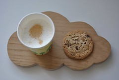 30-08-2011 (Alittlepieceof) Tags: cloud coffee caf cookie nuage aot 2011 projet365
