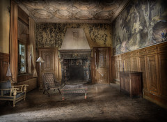 The Towers abandoned hotel :: (andre govia.) Tags: wood building abandoned buildings hotel chair fireplace closed chairs decay room down andre creepy explore hotels derelict ue sanitarium decau govia exploreing