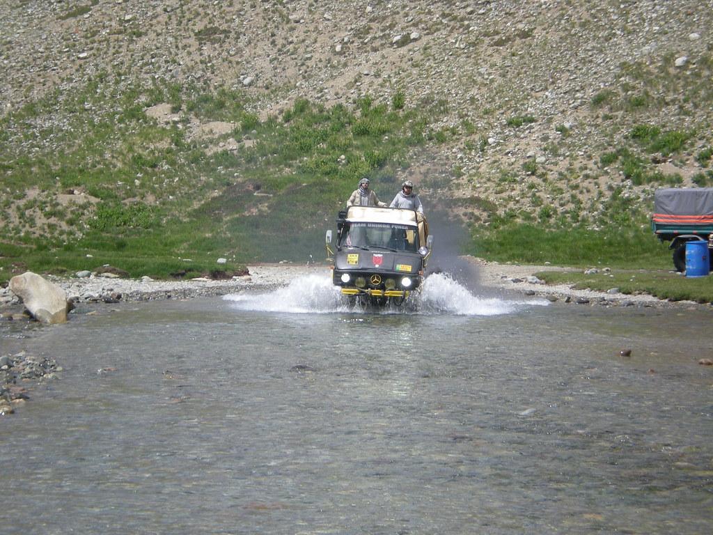 Team Unimog Punga 2011: Solitude at Altitude - 6106426869 f59cf9aeae b