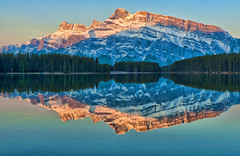 First Light at Two Jack Lake (Jeff Clow) Tags: bravo albertacanada banffnationalpark twojacklake