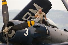 Meeting Roanne 2007 Douglas Skyraider (bonjourpag) Tags: meeting douglas warbird pilote roanne skyraider christianmartin monomoteur arortro