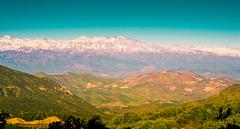 Majestuosa la Cordillera de Los Andes (Cretaceo) Tags: verde niceshot nieve valle cerros lejos mirador cordillera montaas cuesta losandes nevadas panormica cieloazul tiltil ladormida