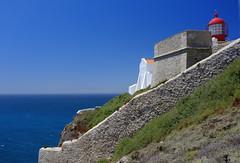 (Mahillo) Tags: ocean sea portugal faro mar cabo san velvia vicente algarve atlntico oceano x100 fujifujifilm lightgouse