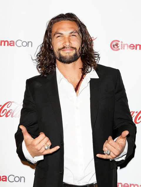 jason_momoa_hot_face_arms_hand