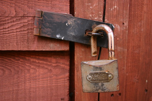 Leader lock