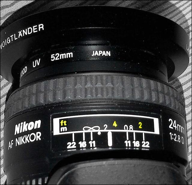 Nikon D5100 24mm f/2.8D