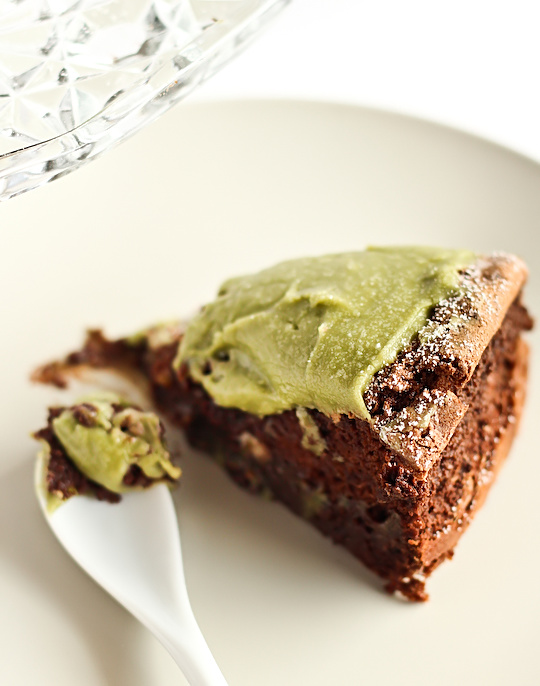 flourless_chocolate_greentea_cake-4_filtered