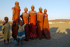 Chalbi desert - Rendille people (Rita Willaert) Tags: kenya tribes kenia nomade nomaden stammen camelcaravan chalbidesert kameelkarvanen chalbiwoestijn