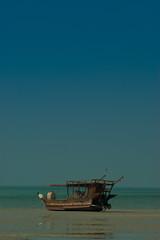 Shamal Dhow (iCandy Qatar) Tags: north lowtide qatar dhow shamal