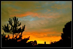 redskyatnight5 (Ian's Art....) Tags: sunset sky urban silhouette clouds saturated outdoor colourful iso1600 iansart d60vr1855 sdhc16gb