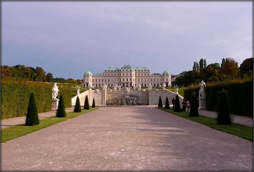 Schloss Belvedere - Vienna by Ginas Pics