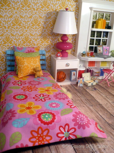 Yellow Bedroom Bed View by SS-Designs Doll Interiors
