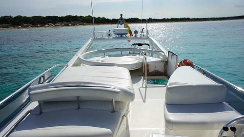 Featured Ibiza boat: Ferretti 53 Helissio by Barcoibiza.com