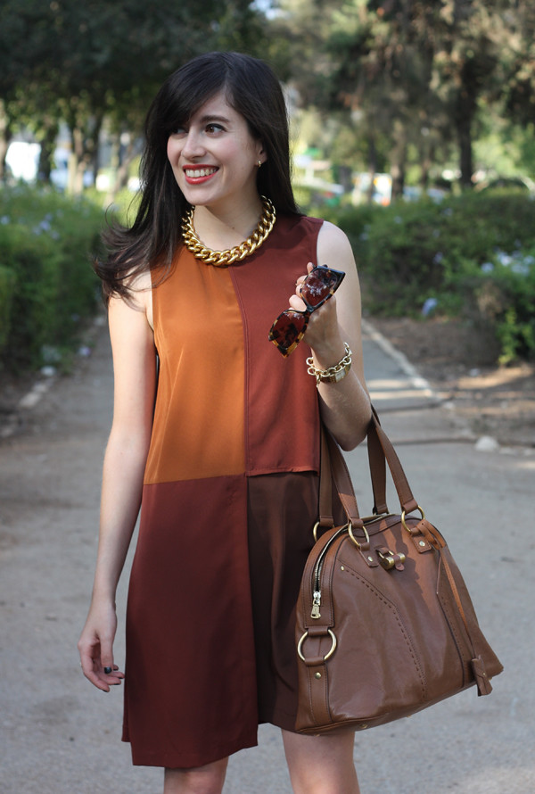 zara_dress_muse_bag3